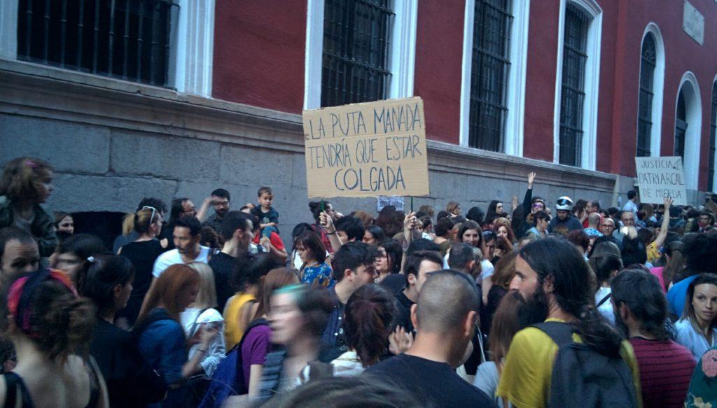 Proteste a Madrid e in Spagna contro la sentenza del caso de La Manada